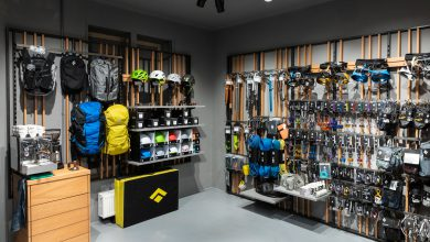 Photo of Black Diamond Equipment opent flagshipstore.